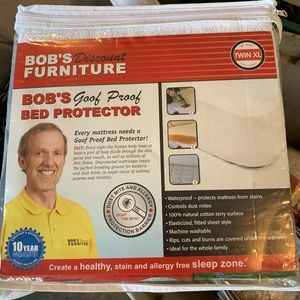 Other - Twin mattress protector